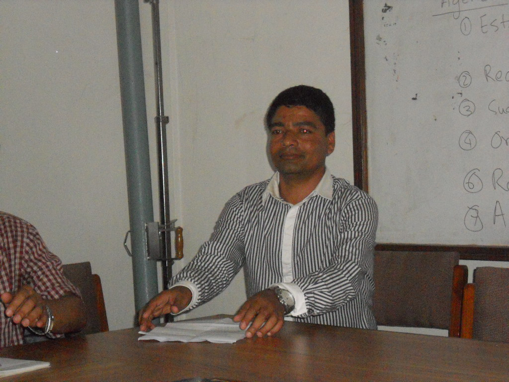 Mr. Bhim Lal Gautam, Vice President, LSN, at meeting with former presidents and Chief Editors on August 12, 2012