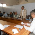 Dr. Ramawatar, former President, LSN, at meeting with former presidents and Chief Editors on August 12, 2012